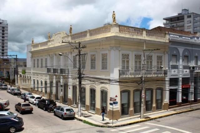 Isenção de IPTU para prédios históricos pode ser solicitada até dia 30