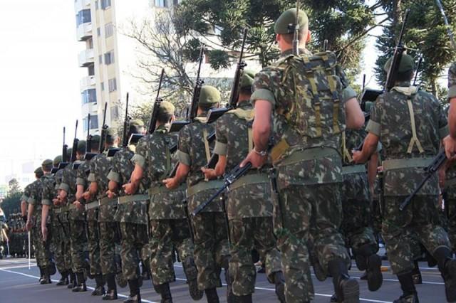 Câmara aprova intervenção federal na segurança pública do RJ