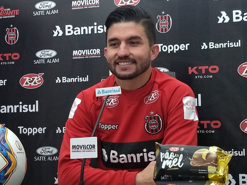 Guilherme Queiróz é apresentado no Xavante