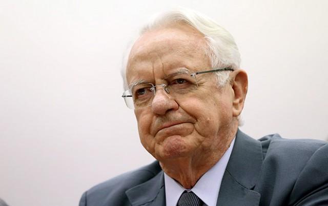 Temer escolhe ex-ministro do STF para a Justiça