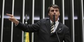Bolsonaro é diplomado e fala em