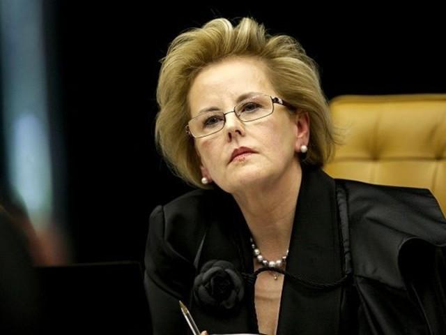 Rosa Weber diz que vontade de maioria não pode 'abafar' opinião de minoritários
