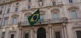 Presidente Bolsonaro publica lista de embaixadas fechadas pelo governo