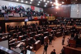Assembleia limita cedência de servidores a sindicatos