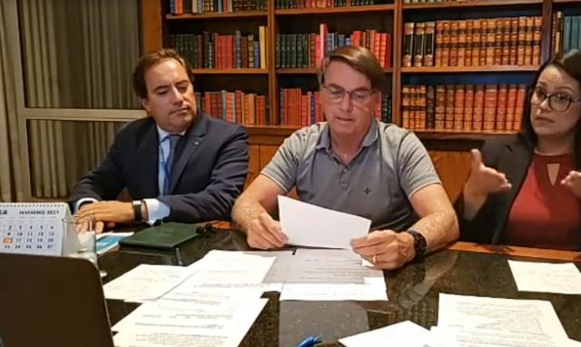 Auxílio Emergencial deve voltar em março, com parcelas de R$ 250, diz Bolsonaro