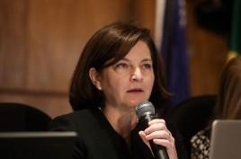 Raquel Dodge pede ao tribunal que fique 'alerta' a sinais contra democracia